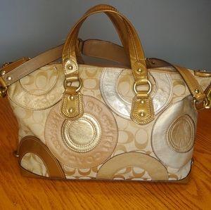 🖤 COACH Gold Leather HandBag